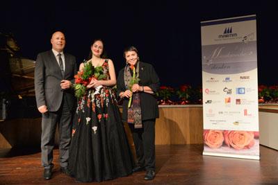 Jochen H. Stop, Direktor des Maritim Seehotel, Preisträgerin Ekaterina Chayka-Rubinstein und Ks. Prof. Brigitte Fassbaender. Foto: Krause