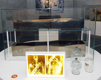 Auch die Lübecker Mumie ist Teil der Ausstellung zur Geschichte und Zukunft Lübecks. Foto: JW