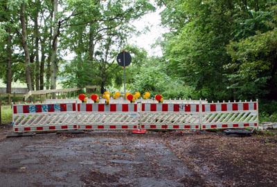 Aktuell gibt es keine Gespräche mehr. Der Palinger Weg bleibt wohl dauerhaft gesperrt. Fotos: Oliver Klink