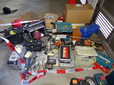 Wem gehören diese Werkzeuge? Foto: Polizei