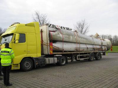 Der Lkw hatte sich bereits verzogen. Foto: PD Lübeck
