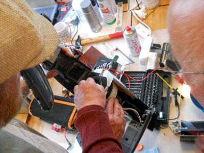Am Samstag können wieder gemeinsam mit Experten technische Geräte repariert werden. Foto: Veranstalter/Archiv