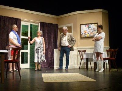 Die Niederdeutsche Bühne sucht neue Schauspieler und Mitwirkende hinter der Bühne.