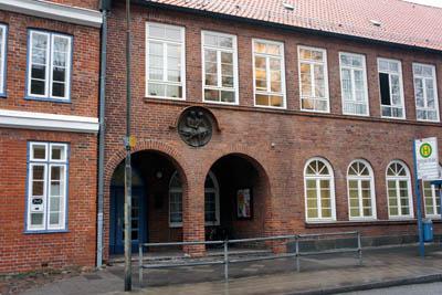 Die Gnissebären kann man in der Aula der Stadtschule Travemünde hören.