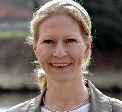 Juleka Schulte- Ostermann fordert Platz für Kinder statt für Autos.