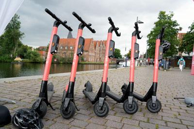 Der erste Unfall mit einem E-Tretroller in Lübecker verlief glimpflich. Foto: JW/Archiv