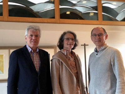 Das Team der ökumenischen Krankenhausseelsorge am UKSH Lübeck ist wieder komplett: Martin Behrens, Christine Grossmann und Hubert Sieverding. Foto: Ines Langhorst