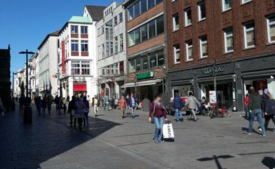 Die Geschäfte bleiben in Lübeck am Sonntag geschlossen. Foto: JW