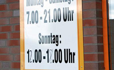Die Geschäfte in Travemünde dürfen auch weiterhin sonntags öffnen. Foto: JW/Archiv