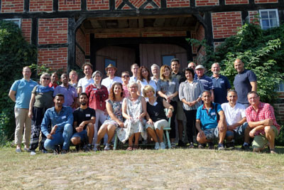 Das Netzwerk Nachbarschaft hat die Lübecker SonntagsDialoge ausgezeichnet.