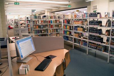 Die Politik sucht nach Ideen, um die Stadtbibliothek langfristig attraktiv zu halten. Foto: VG