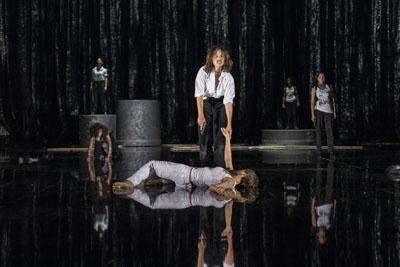 In der Inszenierung von Schillers Stück sind alle Rollen mit Frauen besetzt. Archivfoto: Marlène Meyer-Dunker
