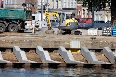 Die Form der neuen Sitztreppe ist bereits erkennbar. Fotos: VG