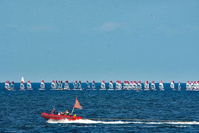 Am Nachmittag rettete die Seebriese die Regatten der Travemünder Woche. Foto: Karl Erhard Vögele