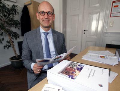 Manfred Uhlig, Leiter des Bereichs Haushalt und Steuerung bei der Stadtverwaltung, wird den Haushalt erläutern. Foto: JW