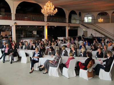 Mehrere Lübecker Unternehmerinnen werden ihre Türen für einen Erfahrungsaustausch und Gespräche öffnen. Archivfoto: Frauenbüro.