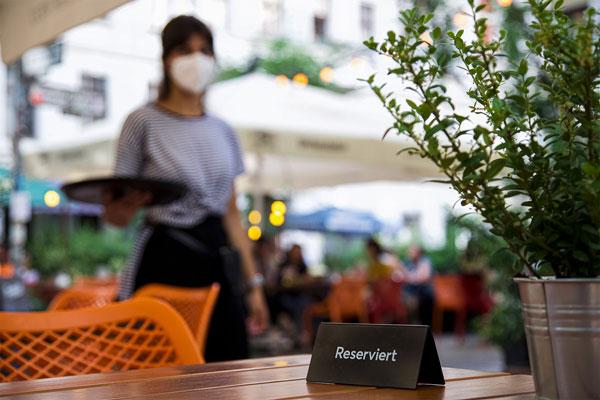 Lübeck live: Lohnerhöhungen bei Hotels und Gastronomie