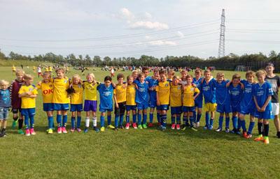 Die Schüler der Emanuel-Geibel-Schule waren über Pfingsten zu einem Fußballturnier nach Dänemark gereist. Foto: EGS