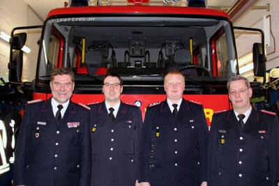 Stadtwehrführer Detlef Radtke mit Timo Merkel (Jugendwart), Martin Scheel (Gerätewart) und Axel Lüth (Wehrführer). Foto: FF Büssau